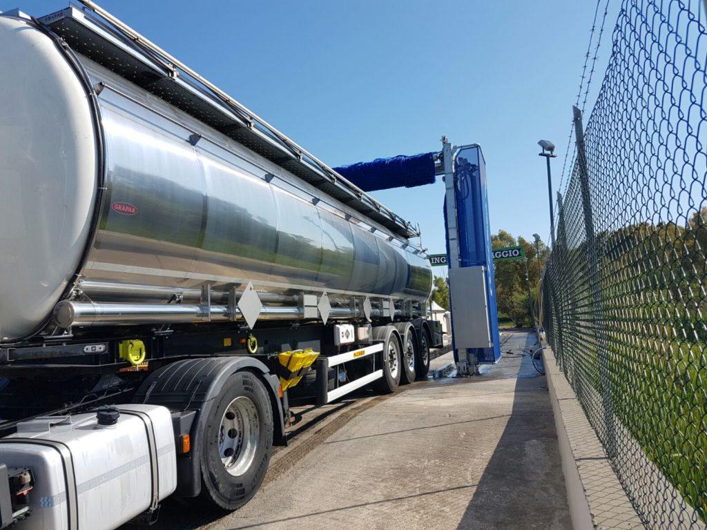 Autolavaggio, TruckwashLatina